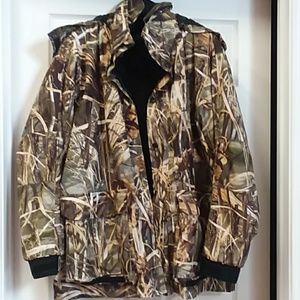 NWOT Men's 2 in 1 Camo jacket size XL